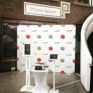 The market experts at Best Displays & Graphics explain their three tips for choosing event photo booth packages. Learn more about our Photo Booth packages.