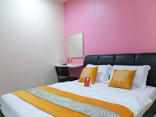 OYO Rooms Damansara Utama Petaling Jaya Featuring free WiFi throughout the property, OYO Rooms Damansara Utama is situated in Petaling Jaya, 2.8 km from KidZania Kuala Lumpur.  Every room at this hotel is air conditioned and features a flat-screen TV.