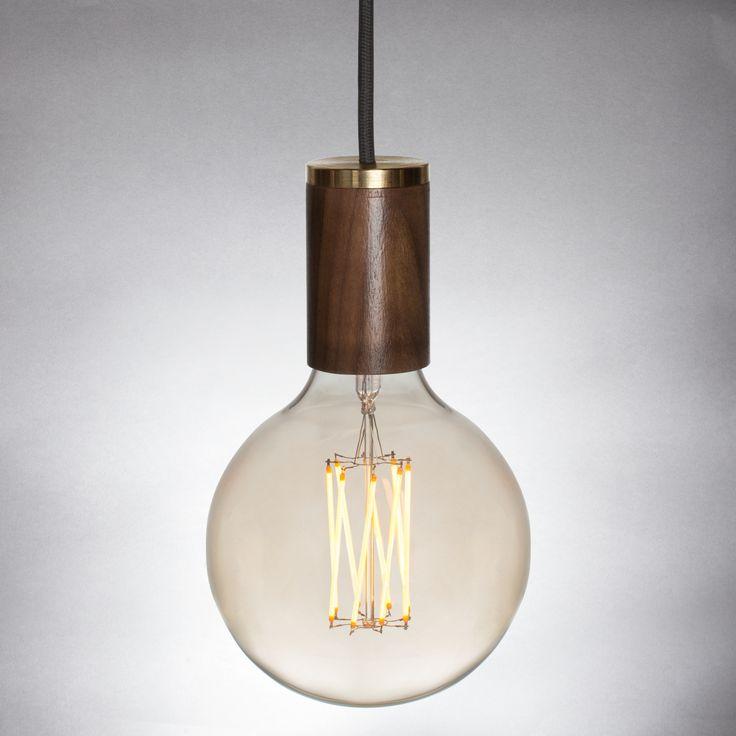 Bombilla Vintage LED colgante de dos piezas diseñada con una forma única y elegante. bombillas vintage