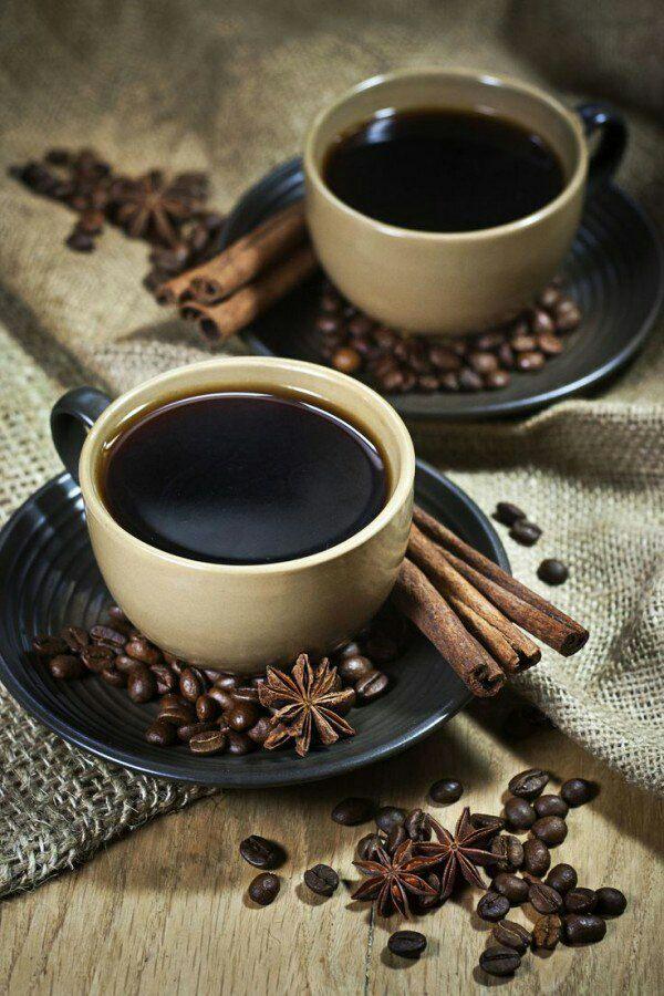 Желаю с самого утра  Добра, добра, еще добра!  Пускай рассвет с собой несет  Стремление двигаться вперед!