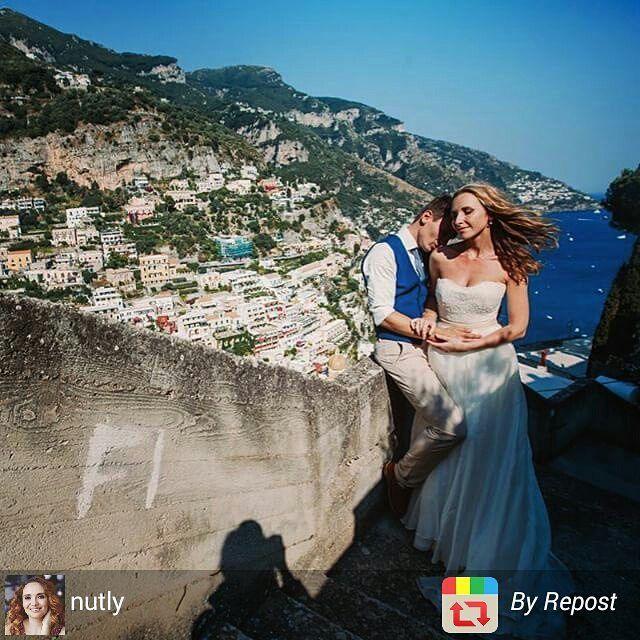 Nadya and Alexey. #Wedding in #Positano:) Wedding planner: @yourdreamweddingitaly  Photo: @nutly http://www.dream-wedding-italy.ru  Active link in profile.  #фотографзарубежом #свадебныйфотограф #дуплинская #невеста #жених #свадебныйтанец #destinationphotographer #wedding #italy #positano #duplinskaya #groom #bride #италия #позитано