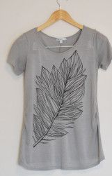 Light as a Feather Tee #refashion #fallfashion #DIY - Check out my other pins as guest pinner for @FaveCrafts this month!