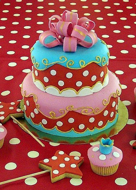 ik ben gek op taart en ik vind deze ook heel mooi