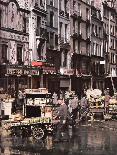 PARIS....1939..1940.....PHOTO FAITE PAR ANDRÉ ZUCCA......BING IMAGES.....
