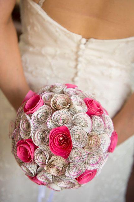 Eco huwelijk papier Bouquet - gerecycled boek origami OOAK pomander bal kussen