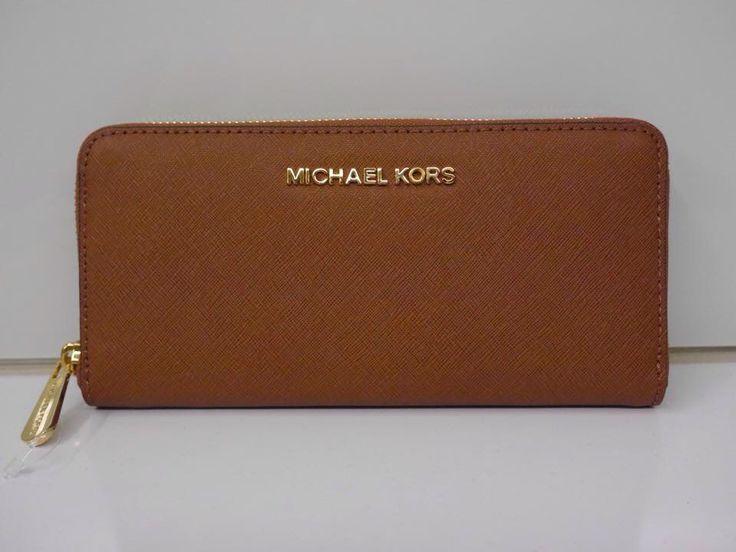 Michael Kors Jet Set Continental Saffiano Wallet