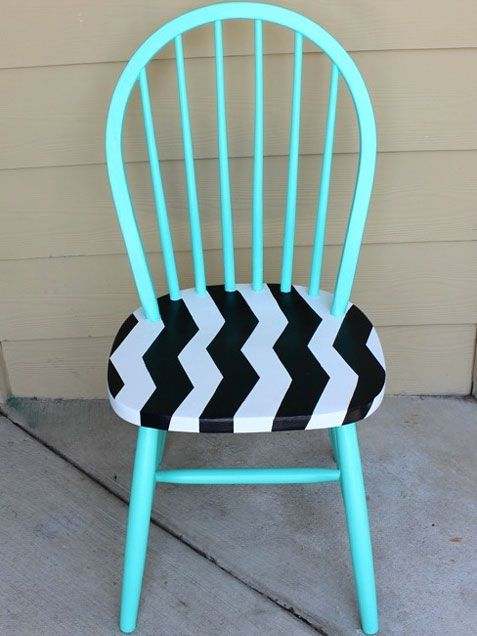 Not so right for my indoor area,  this Chevron Chair, however, gives me splendid ideas for our back deck furniture and upholstering/metal painting ideas for our front porch furniture, as well.