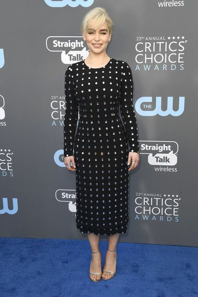 Emilia Clarke Photos - Actor Emilia Clarke attends The 23rd Annual Critics' Choice Awards  at Barker Hangar on January 11, 2018 in Santa Monica, California. - The 23rd Annual Critics' Choice Awards - Arrivals