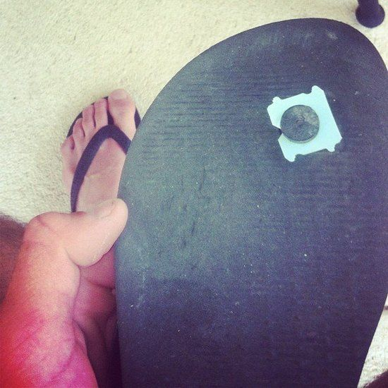 Fix Flip Flops: Use bread tags to keep flip flops from coming apart.   Source: Instagram user ryan200