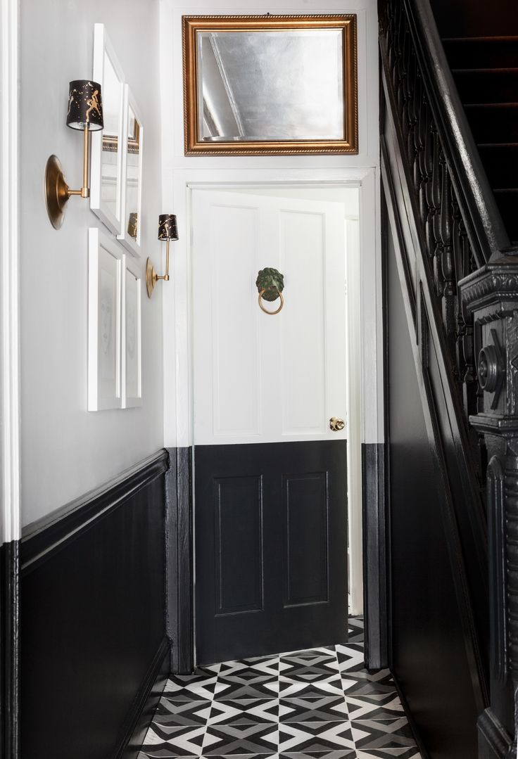 Beautiful entryway. Two tone paint. Monochromatic.