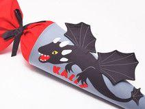 Schultüte mit Drachen und Namen