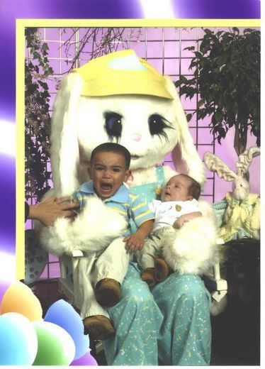 These brightened up my day hahahaScary Easter, Easter Photos, Celebrities Photos, Rabbits Scars Kids, Funny Shiat, Puree Sarcasm, Easter Bunnies, Bunnies Eye, Easter Rabbits Scars