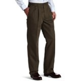 Dockers  Men's Comfort Khaki D4 Relaxed Fit Pleated Pant (Apparel)By Dockers