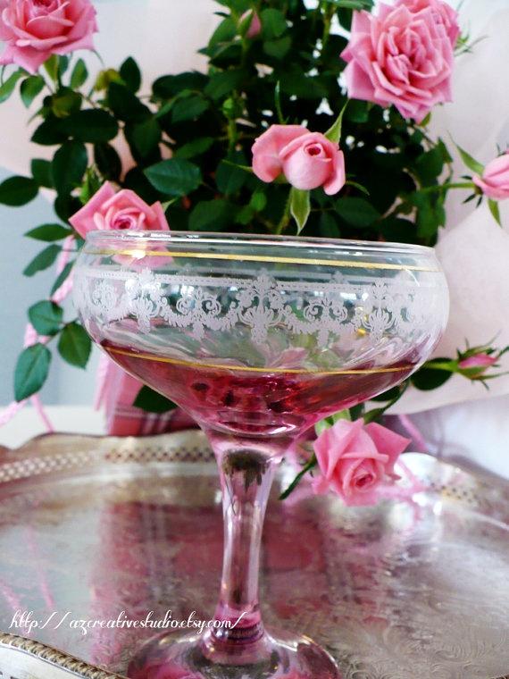 Beautiful. Vintage Champagne Coupe Glasses 1930s Stemware Weddings - Set of Six 6 Pink Yellow Etched Art Deco Design Art Nouveau Hollywood Regency