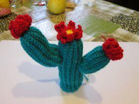 Cactus del deserto     La pianta è composta da 3 pezzi che poi verranno cuciti.           Materiale   lana di colore verde   lana di color...