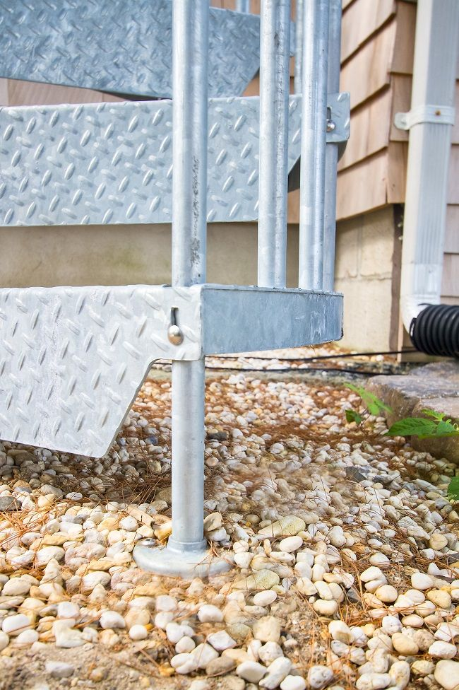 The hot dipped galvanizing process coats every part of the stair in the weather proof finish, including the nails and connection points.