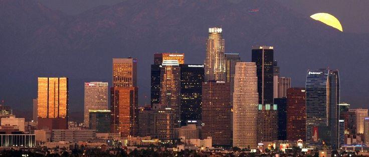 O prefeito de Los Angeles (EUA), Eric Garcetti, abriu conversas com o Comitê Olímpico Internacional para que a cidade receba os Jogos de 2028. A cidade da costa californiana é, ao lado de Paris, candidata a receber o evento em 2024, mas um acordo com a capital francesa pode facilitar as coisas...