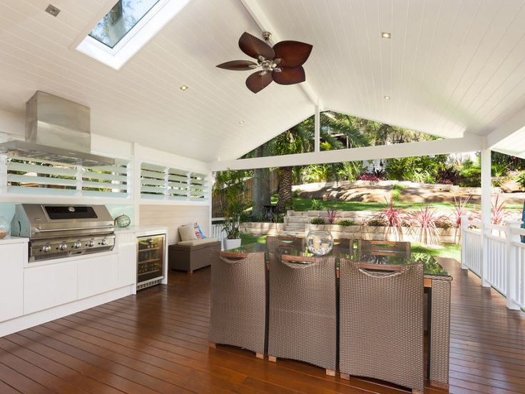 The perfect entertaining area #outdoorkitchens #bbqs