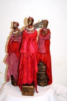 Paverpol Masai women