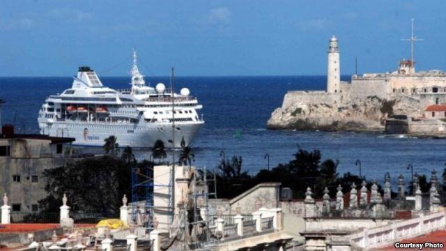 Cruceros y aerolíneas de EEUU en lista de espera para viajes a Cuba