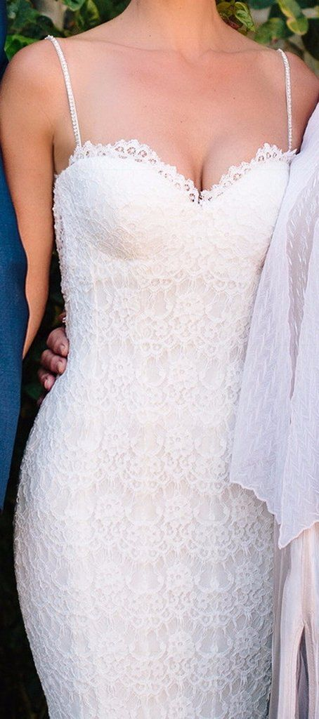 Stunning Pnina Tornai dress I altered from a  beautiful to extremely elegant dress. Mermaid gown with a soft flair.  Made with chantilly lace, sweetheart neckline, Swarovski crystal detailed straps, and a natural waist. No flaws or blemishes and in great condition. I hope you cherish this dress as much as I did!
