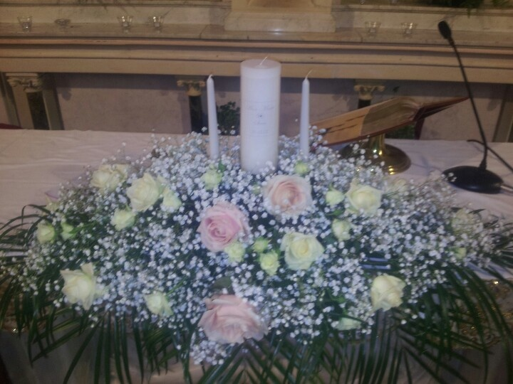 altar arrangement babies breath and sweet avalanche roses