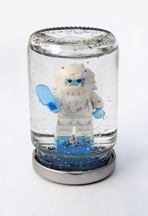 Lego snowglobes // MiniEco