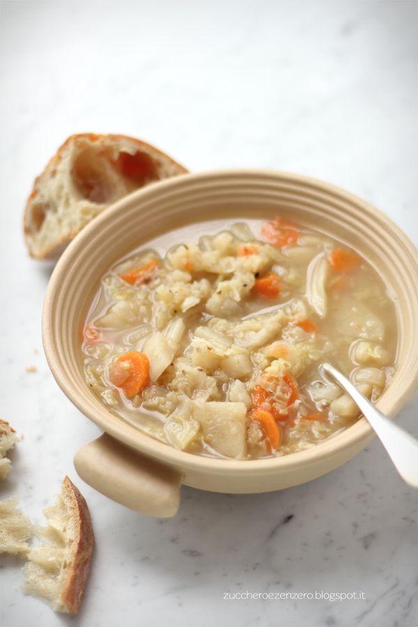 Zuppa di Cavolo Verza con Patate e Carote