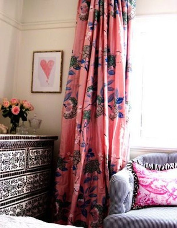 floral drapesDecor, Little Girls Room, Curtains Fabrics, Interiors Design, Pink, Bedrooms, Windows Treatments, Chest Of Drawers, Girl Rooms