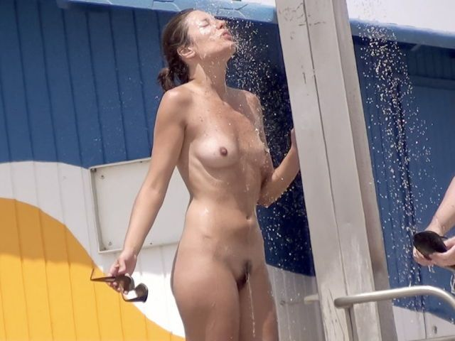asia-girls-nude-in-a-beach-shower-girl-pics