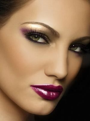 How To Apply Gorgeous Evening Makeup
