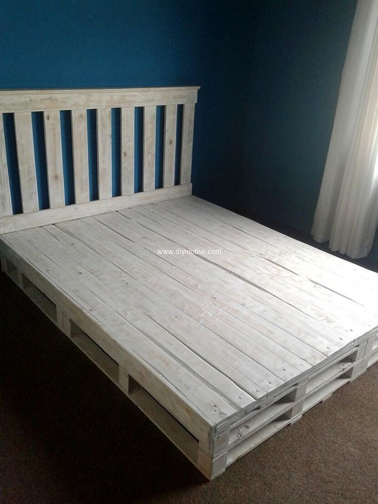 recycled pallet wood bed 39