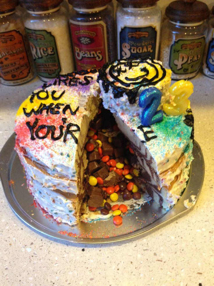 """Blink 182 """"nobody likes you when your 23"""" birthday cake, piñata style!!!"""