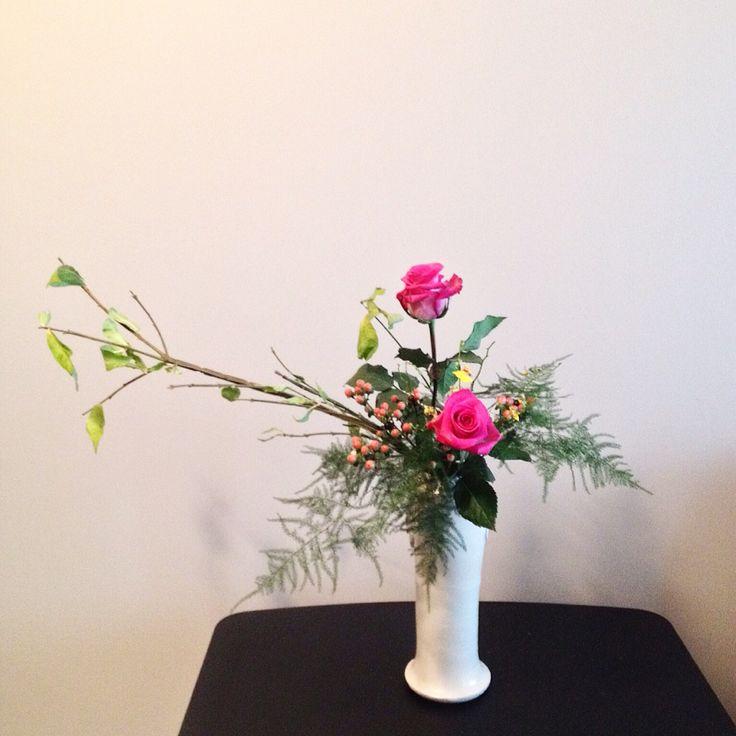 日本 生け花 小原流 花瓶 花意匠 かたむけるかたち 瓶 バラ Japanese Style Floral Arrangement Inclining Form Tall Vase My