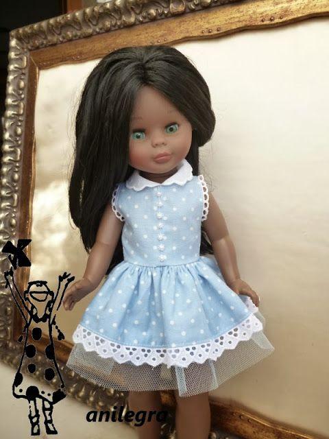 Quiero una muñeca vestida de azul