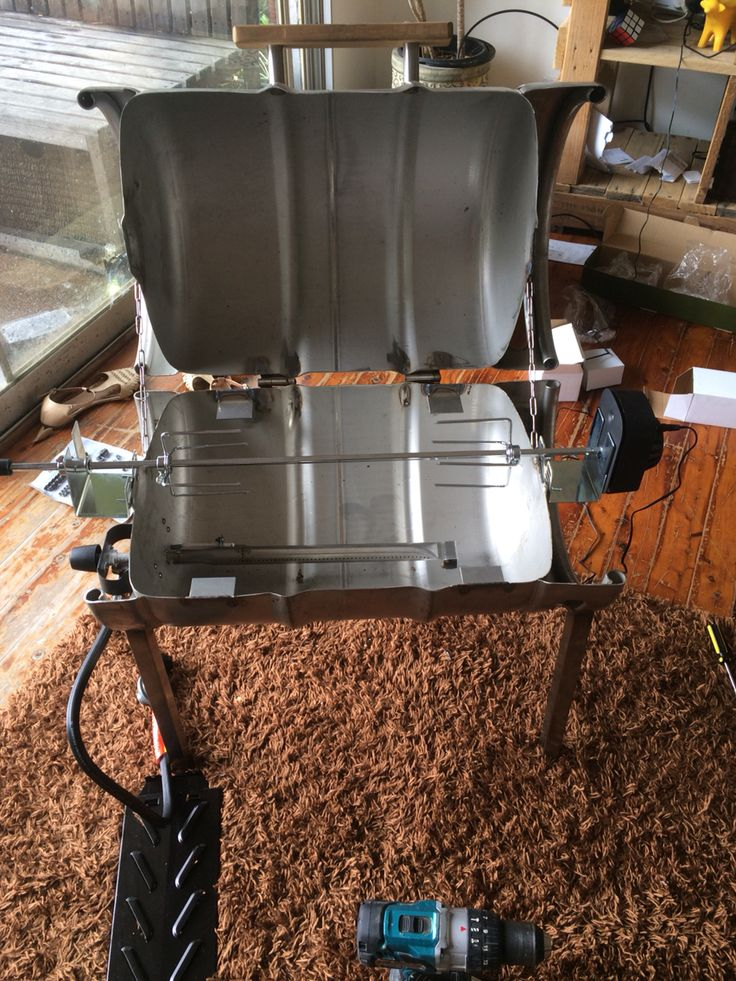 BBQ keg, installing the burner and spit