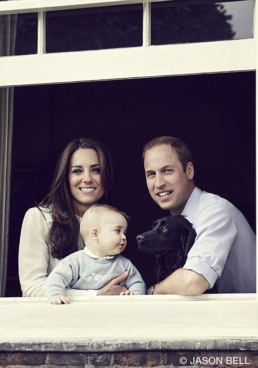 New Photograph of the Duke and Duchess of Cambridge with 8 month old George and dog Lupo.  March 29, 2014. BABY DOG LOVE!