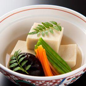 高野豆腐の含め煮、和食