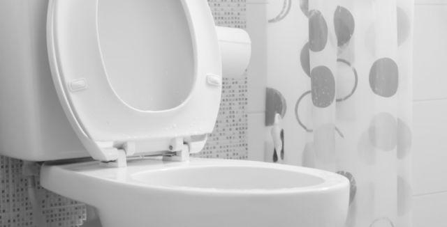 Vyrobte si tyto účinné čistící tablety, které vyčistí vaši toaletní mísu krásně doběla