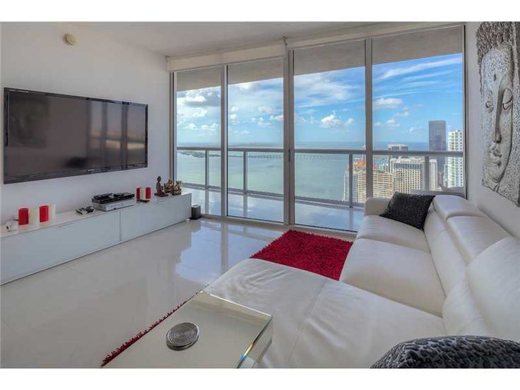 Featured Listing: 495 Brickell Ave, Unit 5505, Miami, FL 33131 $865,000 Lowest priced direct bay view. 2bed + den. Highly upgraded with Carrera marble countertops and white lacquered cabinets, Nest thermostat, 24 x 24 porcelain floors. Window treatments. Upgraded light fixtures. Exceptional value. Best line. Den can be converted into 3rd bedroom. This unit won't disappoint. #directbayviews #iconbrickellcondo #iconbrickelltoprealtor #miamiluxuryliving #miamipenthouseliving #jonmanngroup