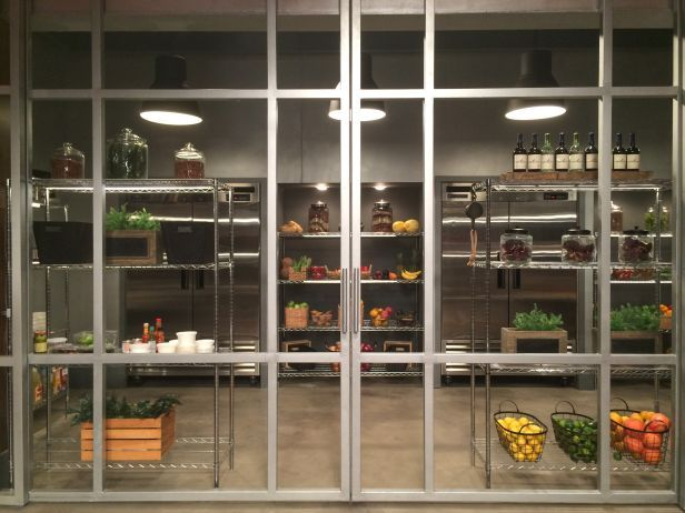 Go Behind the Scenes: Take a Photo Tour of the Cutthroat Kitchen Set | FN Dish – Food Network Blog