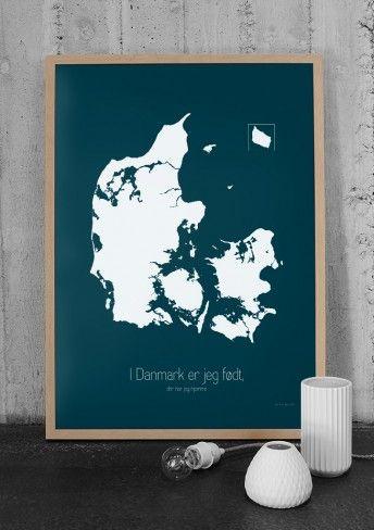Danmark plakat inkl. lille hjerte klistermærke, som kan sættes der hvor man hører hjemme i dk :)