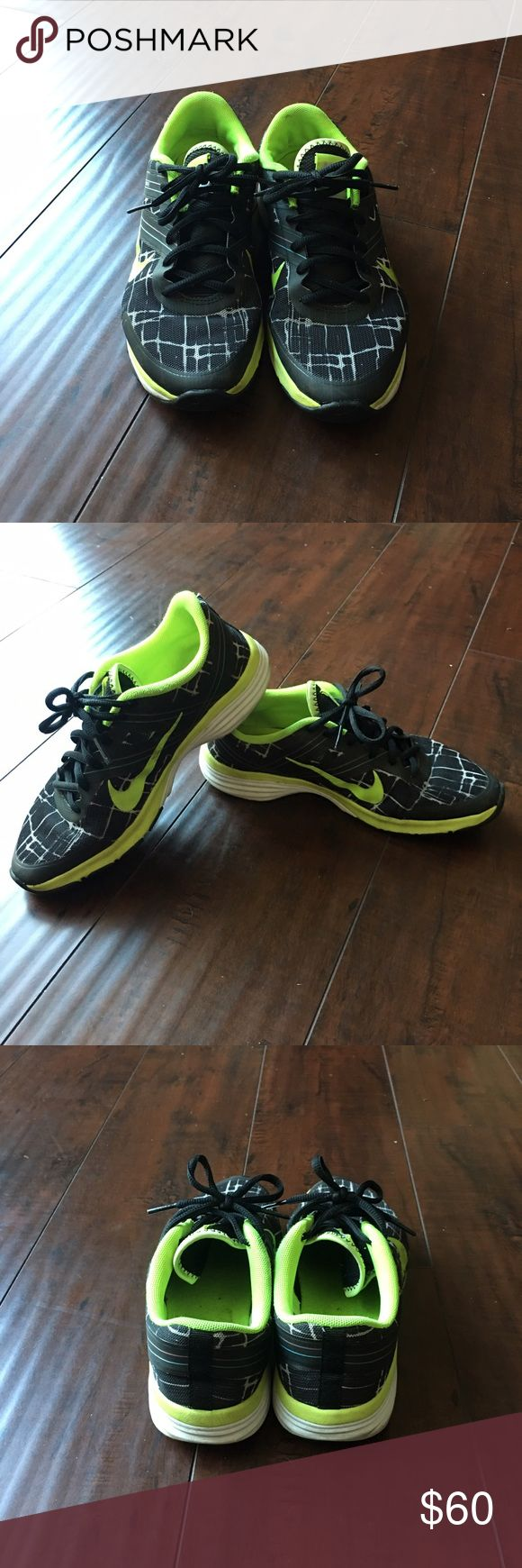Nike Women's Athletic shoe Nike Women's Dual Fusion black with like green Shoes Athletic Shoes