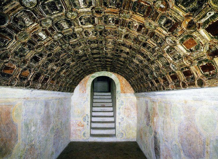 Isabella d'Este's grotta, San Giorgio Castle