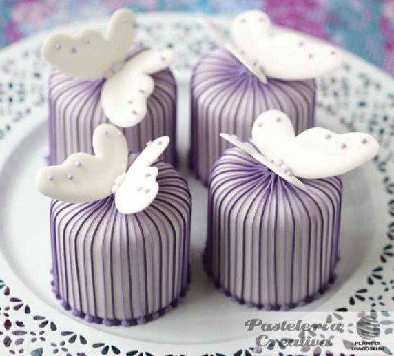 Pastelería Creativa: Pasteles con rayas y mariposas