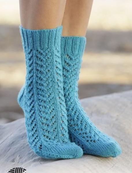 Ажурные носки спицами с узором елочка   Клубок