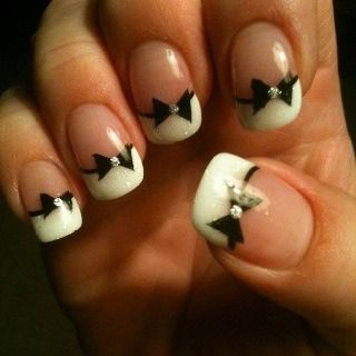 Bow Tie Nails!