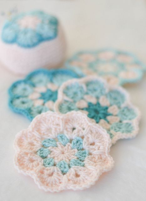 Pincushion with the African Violet Flower crochet motif