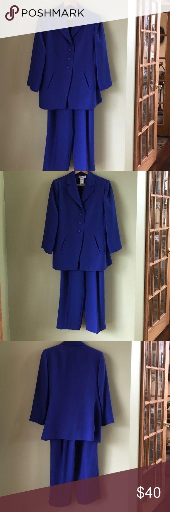 Bright blue pant suit. Jacket and pants Beautiful bright blue pant suit. Jacket and pants in petite size 8. Four button jacket. Terrific condition Henry Lee Petites Other
