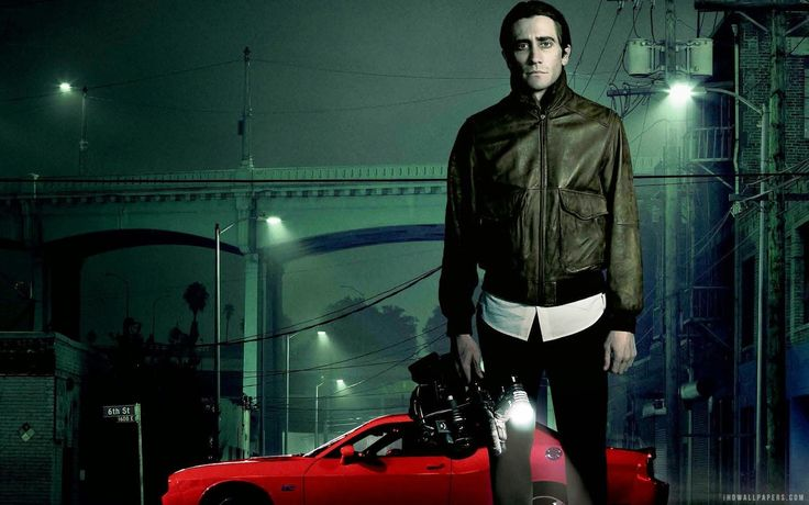 Nightcrawler (2014) | The film stars Jake Gyllenhaal as Louis Bloom. Who is Louis Bloom? Good question, I don't know. He's such a complex character. He's deceiving, creepy… but somehow he also manages to be incredibly charming. When I first watched it, I remember leaving the film theatre so confused but excited at the same time. This is how I know I watched something really good.